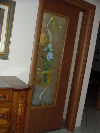 Le nostre installazioni di porte per interno - Mondorinnovo