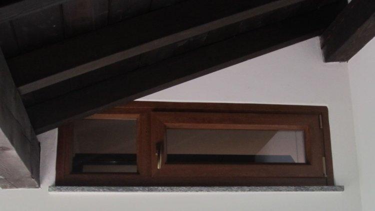Serramenti PVC Lurago Marinone vicino Como - serramenti in PVC per taverne e mansarde.